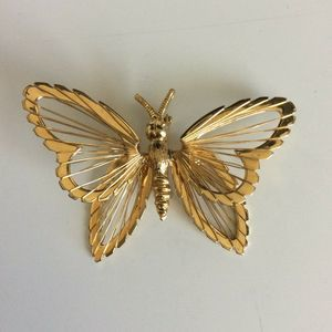 Vintage Monet Brooch Pin Wire Butterfly Gold Tone